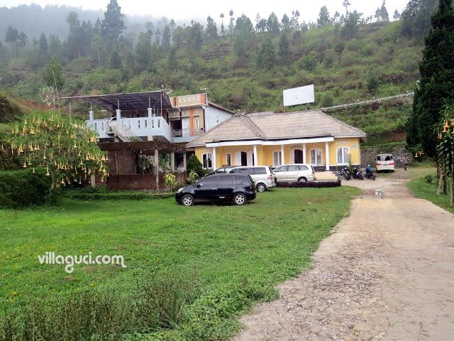 Villa Guci Mawar Indah