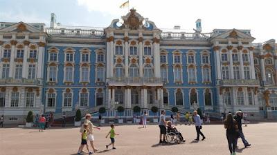 Fachada principal palacio Catalina