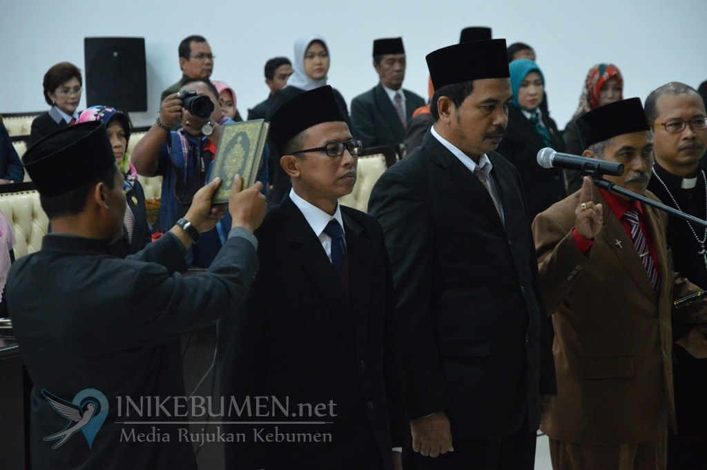 Cipto Waluyo Tak Hadir, Tiga Anggota PAW DPRD Kebumen Dilantik Agung Prabowo