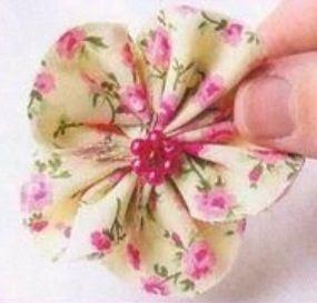Flores con retazos de tela - Trabajos manuales con telas ...