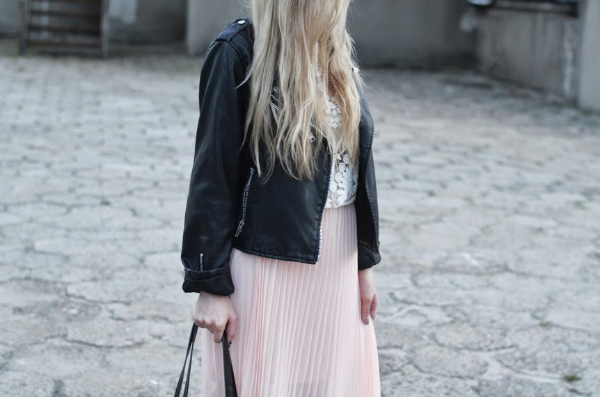 PINK MIDI PLEATED SKIRT, LACE BLOUSE, LEATHER BIKER JACKET & GOLDEN WATCH