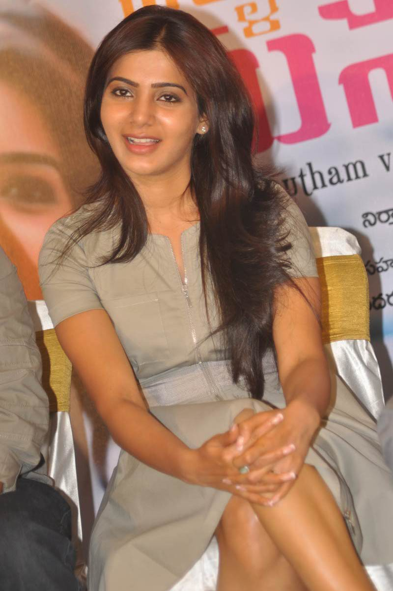 Thigh Show Photos of Samantha