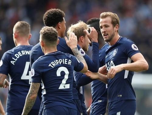Tottenham đã chính thức lọt vào Top 5 của mùa giải Premier League năm nay.