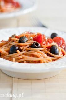 http://www.everydaycooking.pl/2011/04/spaghetti-z-pikantnym-sosem.html