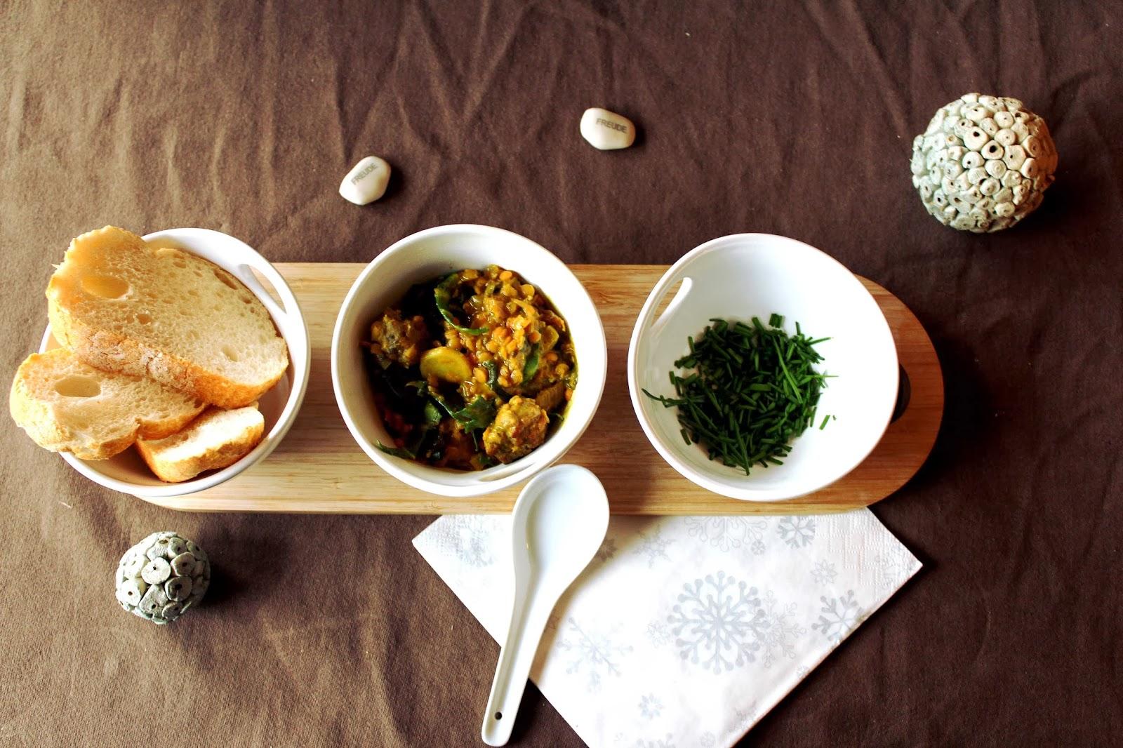 leckeres Linsengericht mit Mangold und Bratwurst