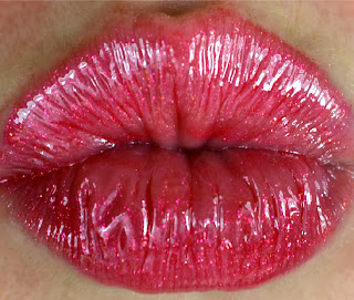 MAC - Rihanna -Viva Glam - Lipglass - lipgloss - review - Swatch - Riri