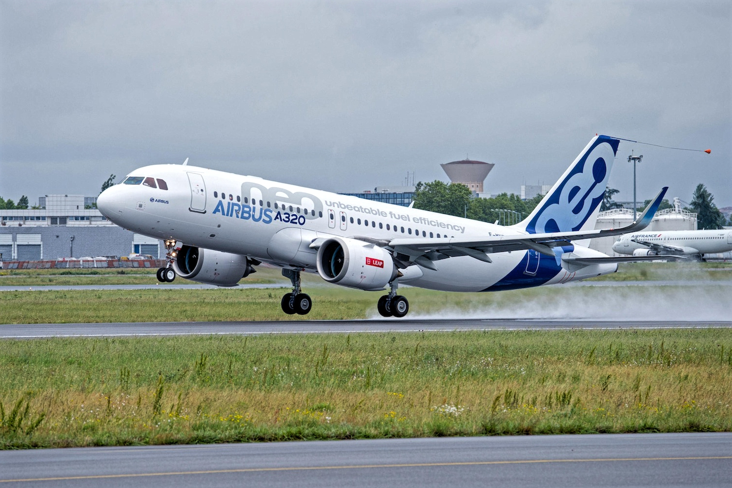 CALC Adds 15 Airbus A320neos In The Latest Order - AERONEF NET