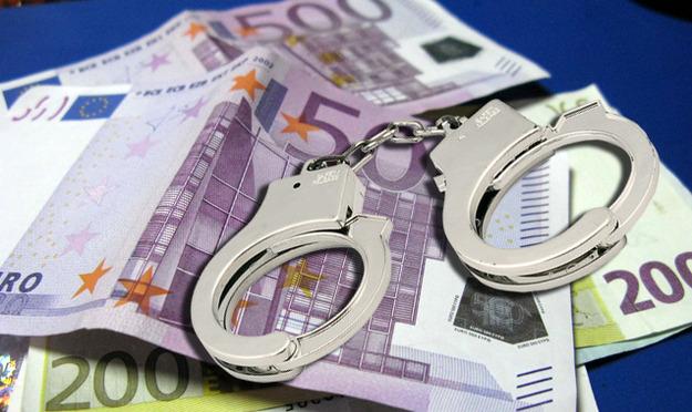 «Έκρηξη» κατασχέσων από το Δημόσιο - Ένας στους δύο δεν μπορούν να πληρώσουν τα χρέη τους - 73 οφειλέτες χρωστούν 32 δισ. ευρώ