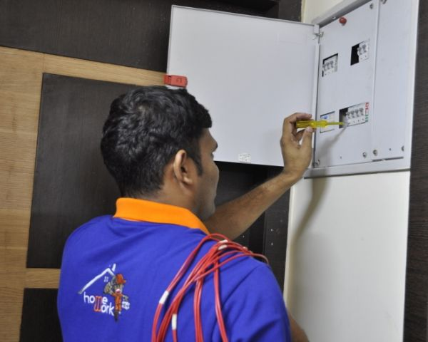 Electrician on Call in Delhi