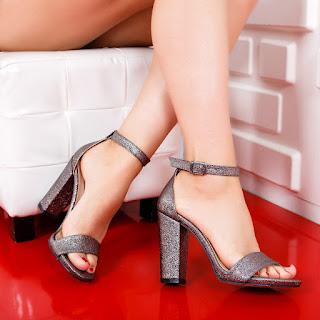 Sandale Codila gri cu toc gros inalt de ocazii