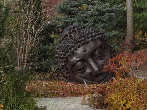 Meijer Garden Thai head sculpture