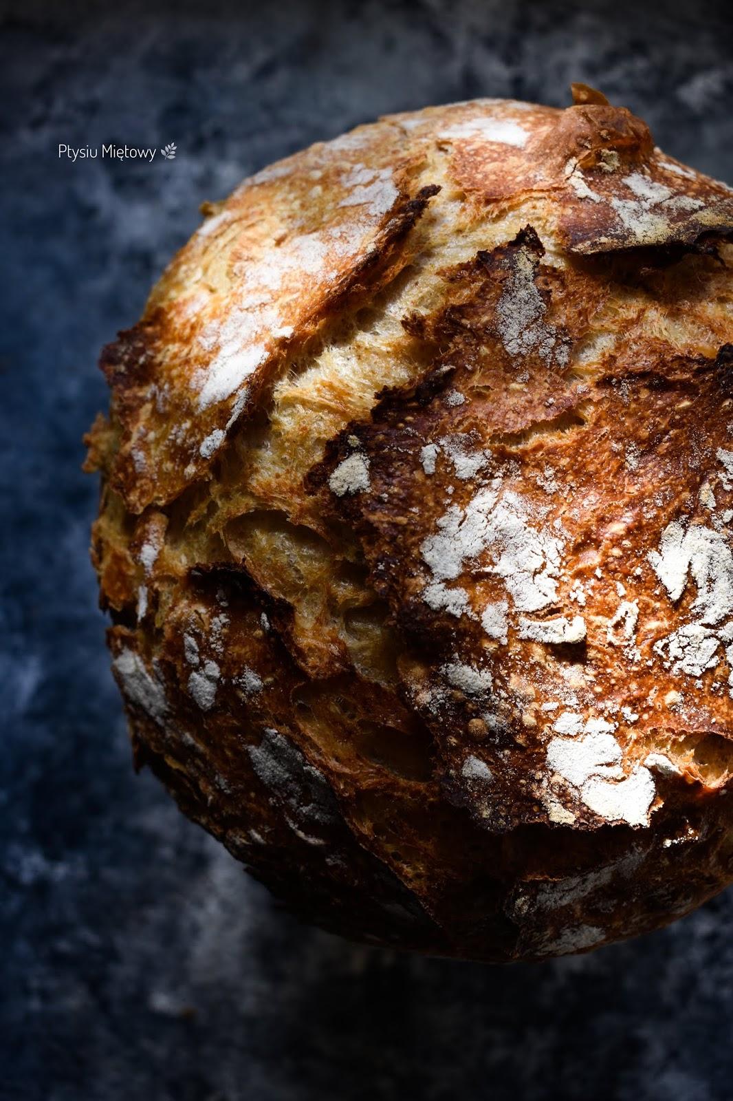chleb, zakwas, ptysiu mietowy