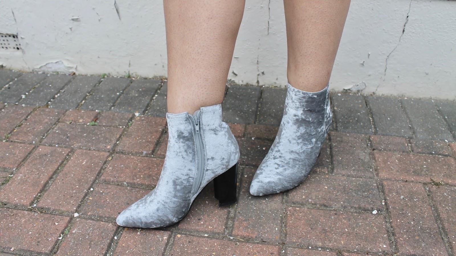 Forever Fever Silver Velvet Boots For Date Night