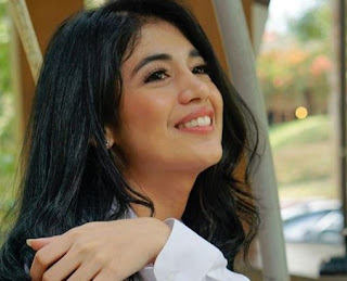 Helene Sienca Senyum