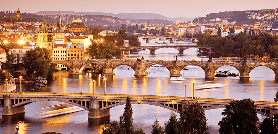 Increíble panorámica de la ciudad de Praga, en la República Checa