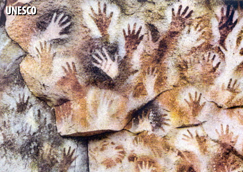 Hand imprint paintings at Cueva de las Manos — Cave of Hands