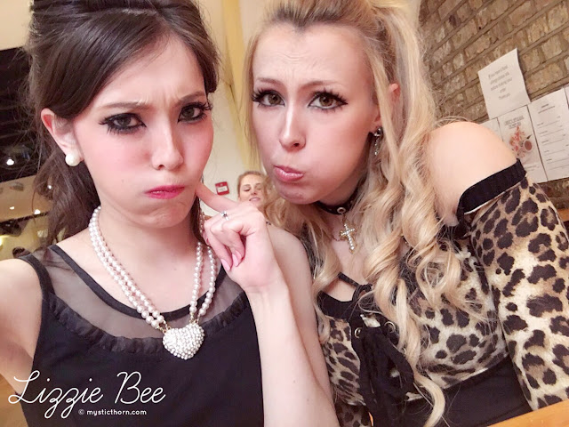 uk gyaru, lizzie bee, amber