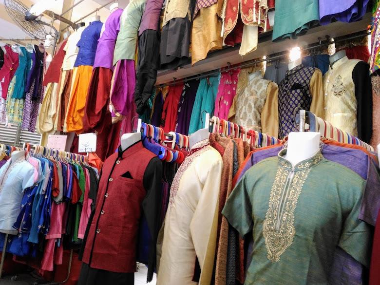 竹腳市場 2F,販賣印度服飾