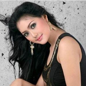 Biodata & Profil Mela Barbie (Penyanyi Dangdut Cantik Indonesia)