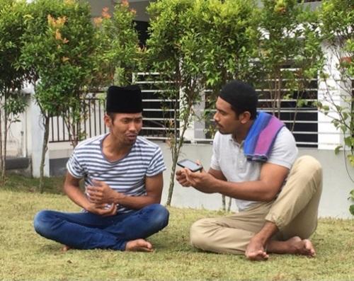 Sinopsis telefilem Mail & Sudin Naik Haji siaran Astro, pelakon dan gambar telefilem Mail & Sudin Naik Haji