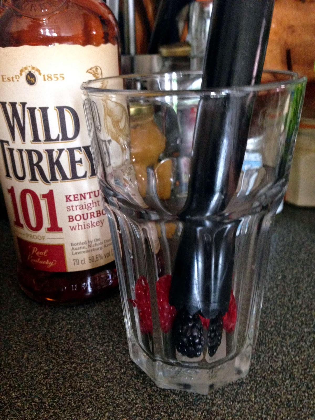 Stitch & Bear - Mixed berry julep - Muddle