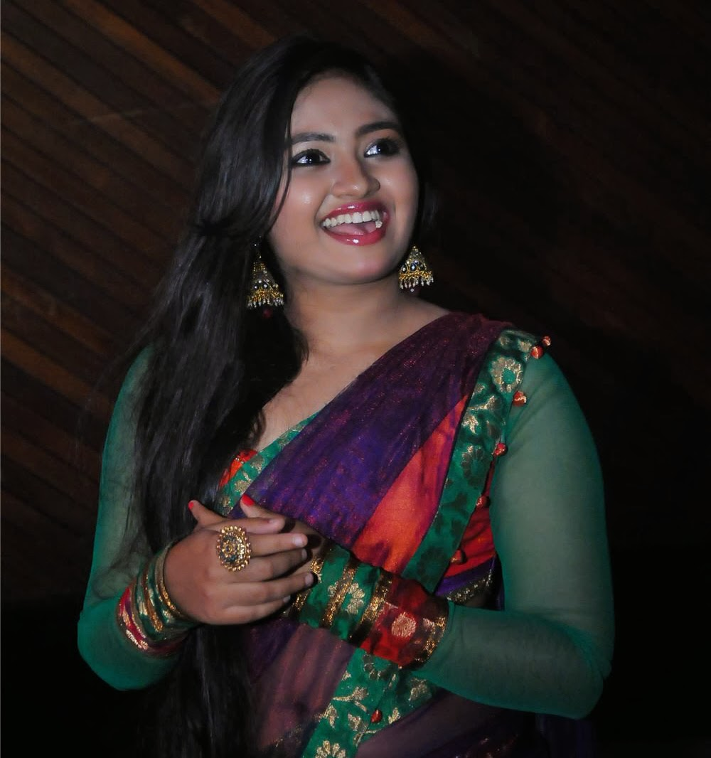 Actress Shalin Navel Show In Transparent Half Saree -6972