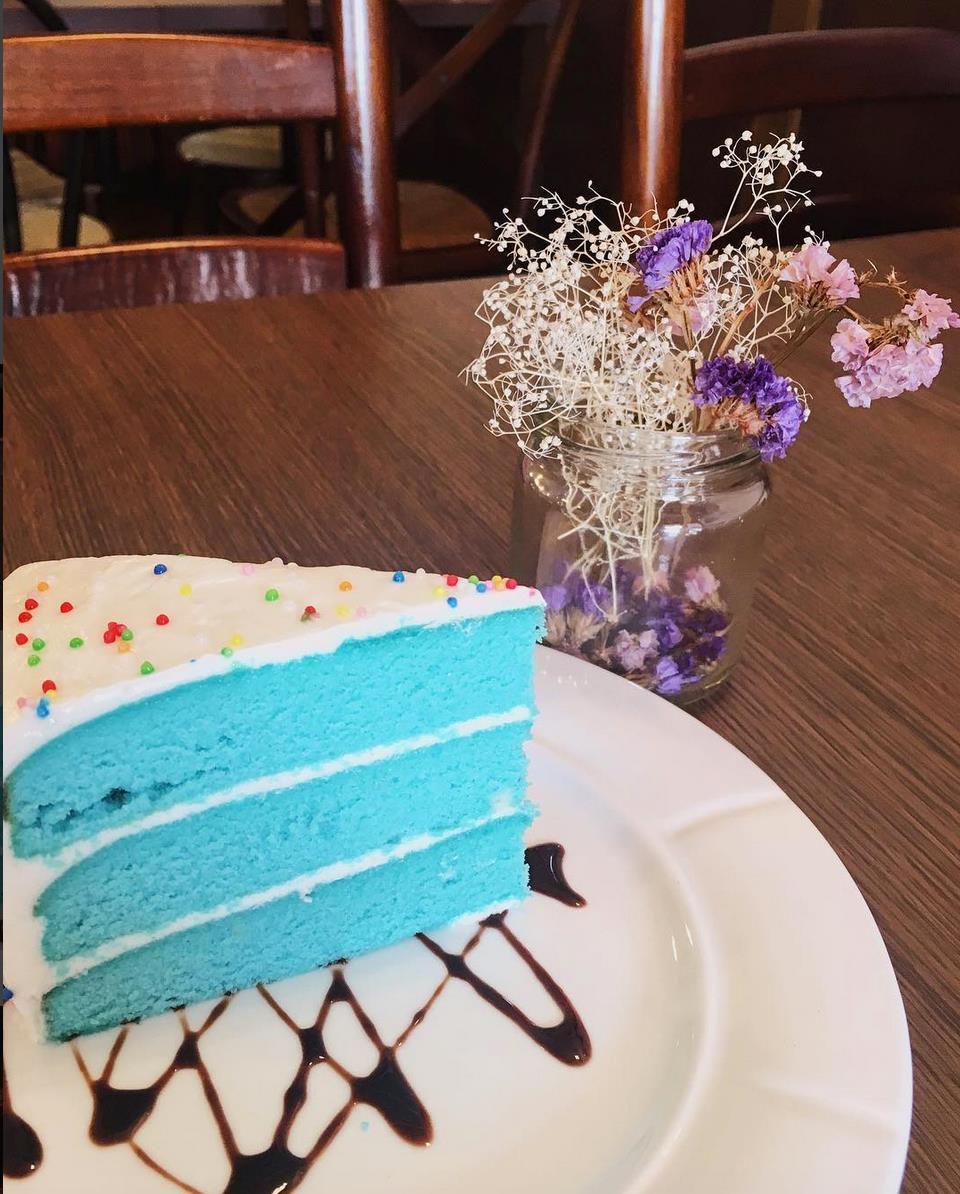 Blue Velvet Cake Sg