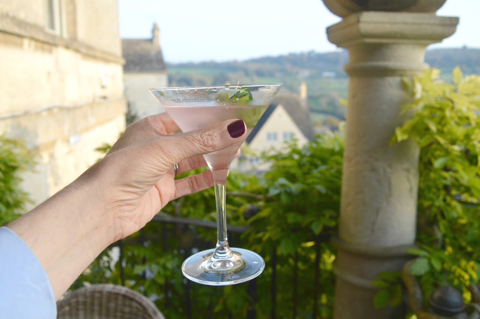Cosy Hotel in the Cotswolds - The Painswick Cocktails