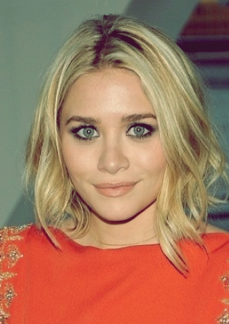 Ashley Olsen wob wavy bob