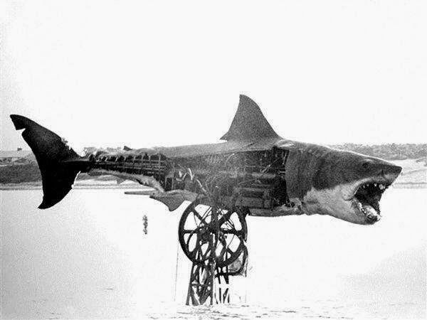 Steven Spielberg Tiburón behind the scenes