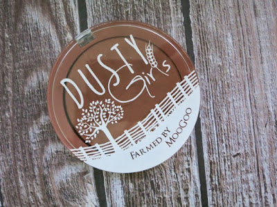 Dusty Girls Natural Mineral Bronzer in Sunshine