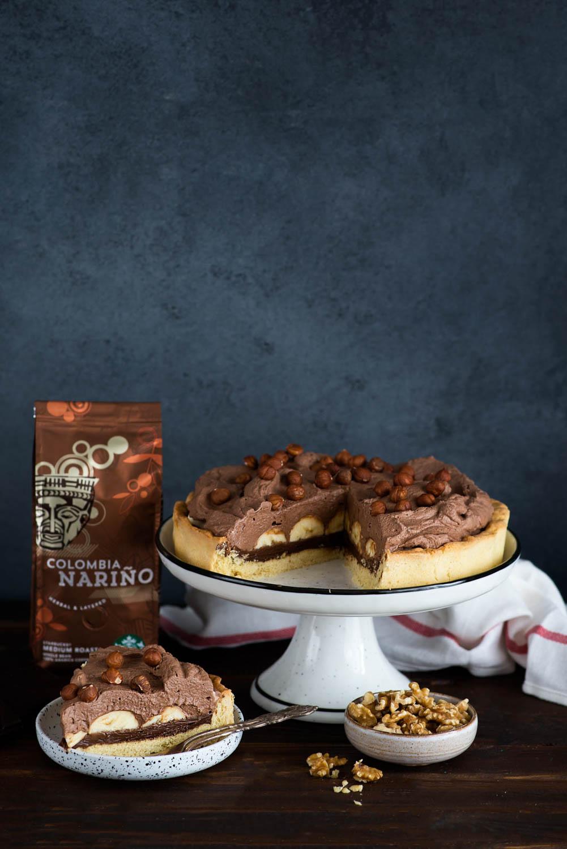 Czekoladowa tarta banoffee do kawy Starbucks Colombia Narino z dripa