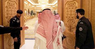 Δεκάδες μέλη της βασιλικής οικογένειας, αξιωματούχοι και επιχειρηματίες έχουν συλληφθεί