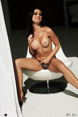 842499294 Kunis 136 123 627lo Mila Kunis Nude Possing her Boobs & Fingering in Pussy Fake