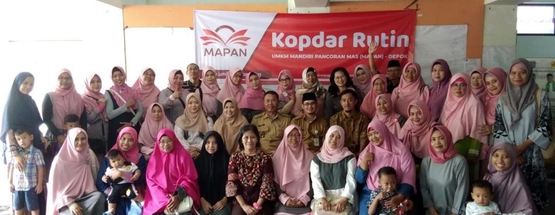 Foto bersama di kopdar UMKM Mapan Depok Februari 2020