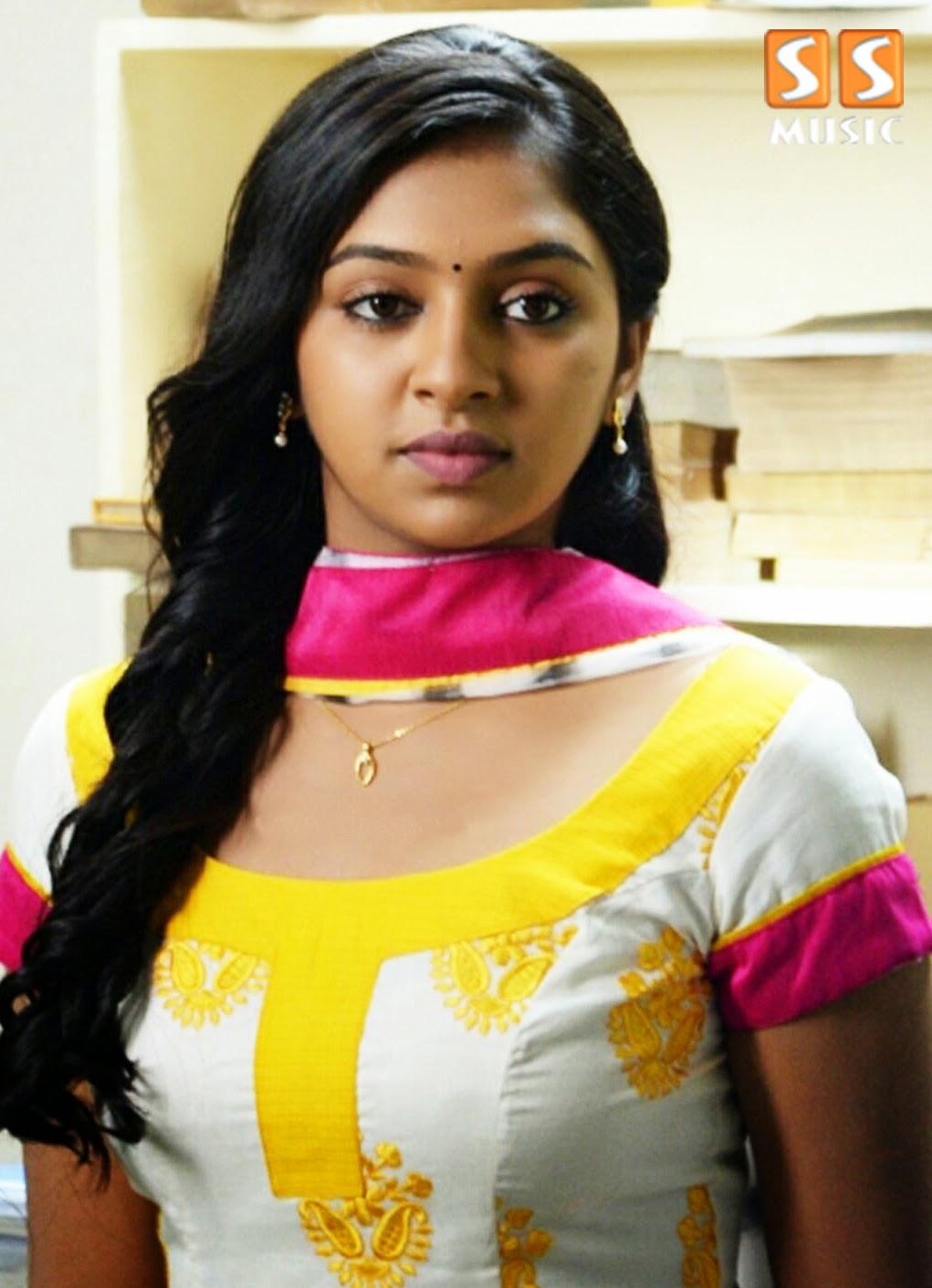 Lakshmi Menon's Extra Salary for Lip Lock Scenes ? ~ SS Music Naan Sigappu Manithan Lakshmi Menon Lip Lock
