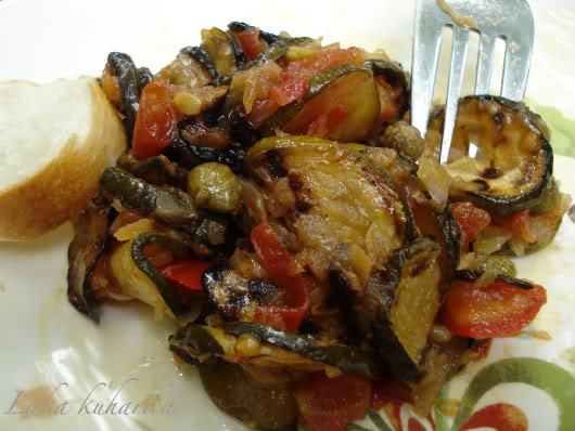 Zucchini caponata by Laka kuharica: fantastic dish from Sicily eaten as a warm side dish or a cold antipasto.