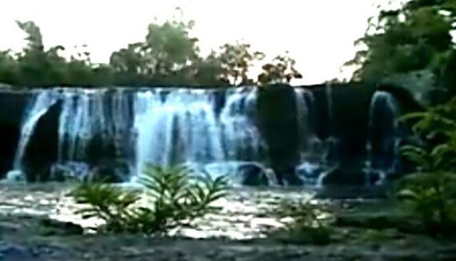Tempat Wisata Curug Dengdeng Tasikmalaya  Tempat Wisata Curug Dengdeng Pesona Alam Tersembunyi di Tasikmalaya