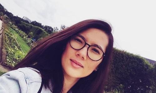 Biodata Sarah Diorita Si Penulis Cantik Istri Eross Candra Sheila On 7