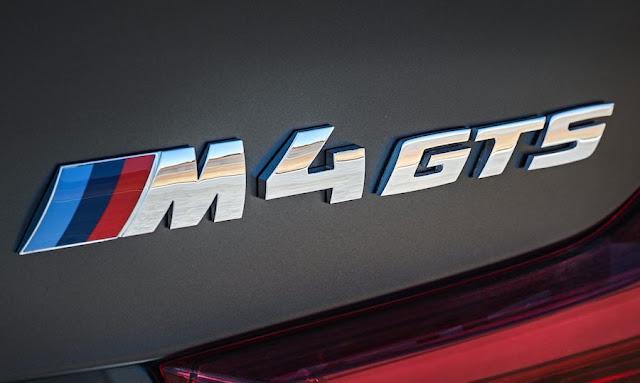 BMW M4 GTS エンブレム