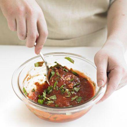 2 Make the sauce: