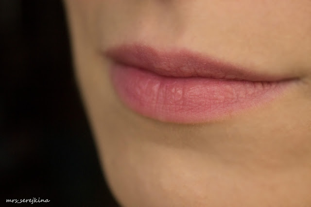 Sleek Candy Tint Balm в оттенке Cherry Drop: 4 hours later