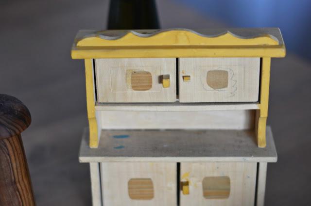 klinika dla zabawek, odcinek czwarty: drewniana komódka