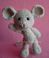 http://www.ravelry.com/patterns/library/morris-the-mouse