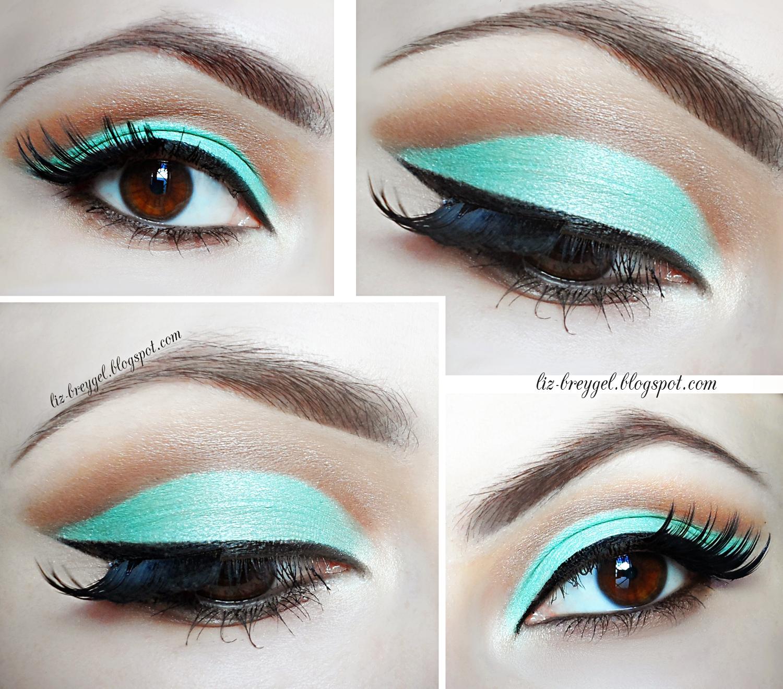 Mint Green Cut Crease Makeup : January Girl