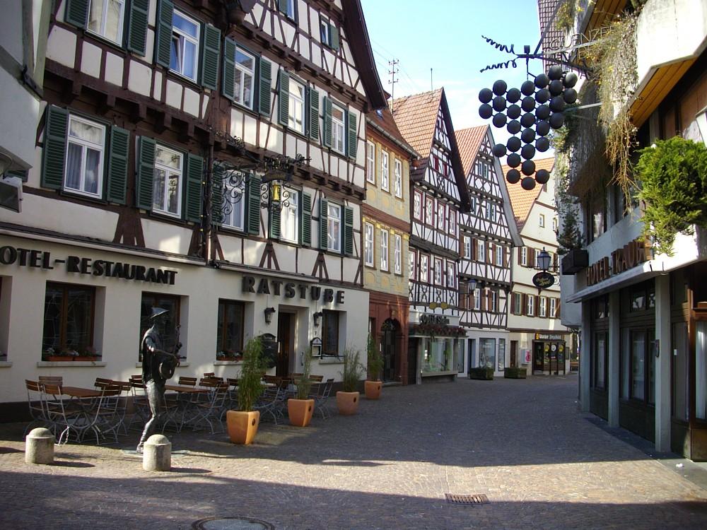 Thb Hotel Quellenhof Garni Mit Thermalbad In Bad Urach