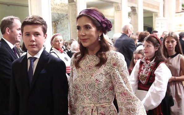 Crown Princess Mary in Zimmermann