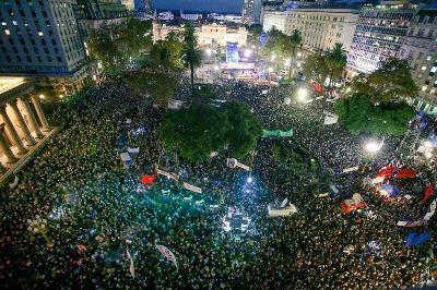 Junto a una multitud, la CTA Autónoma marchó para volver a decir: Nunca Más