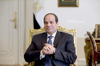 السيسي يستمع إلى آراء المصريين وشواغلهم بعد أربع سنوات في الرئاسة
