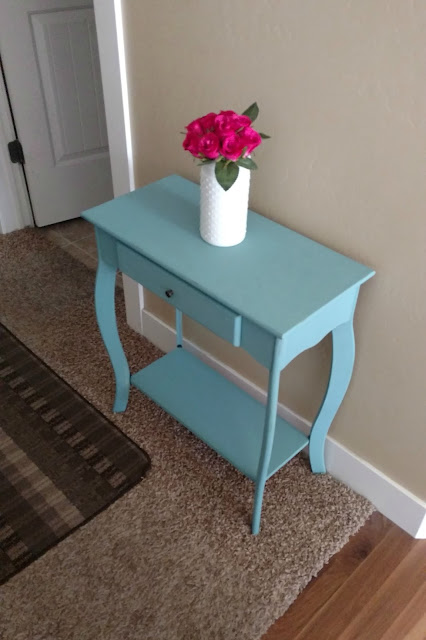 hallway table makeover by sunshine and munchkins